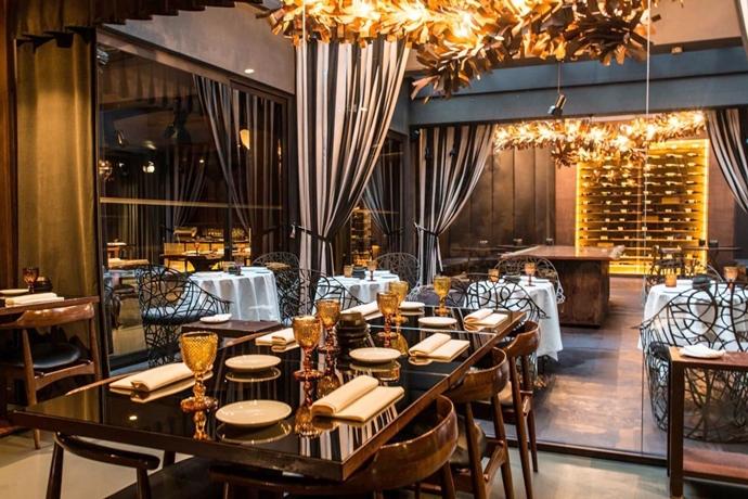 Silvester-Essen: Das stylish designte Restaurant im Hotel Teatro in Porto