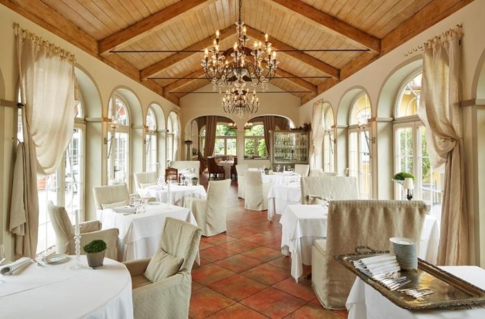 Das hoteleigene Restaurant im VILLINO zählt nicht umsonst zu den renommiertesten der Gegend