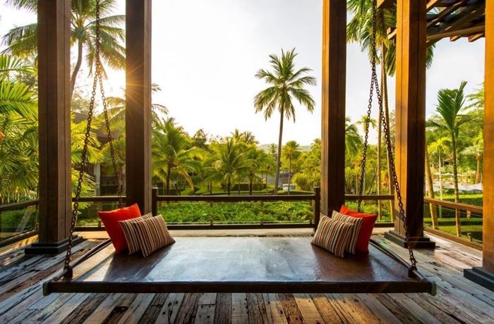 Hotels für die Flitterwochen: In Richtung Sonnenaufgang schaukeln, hier im The Slate in Thailand