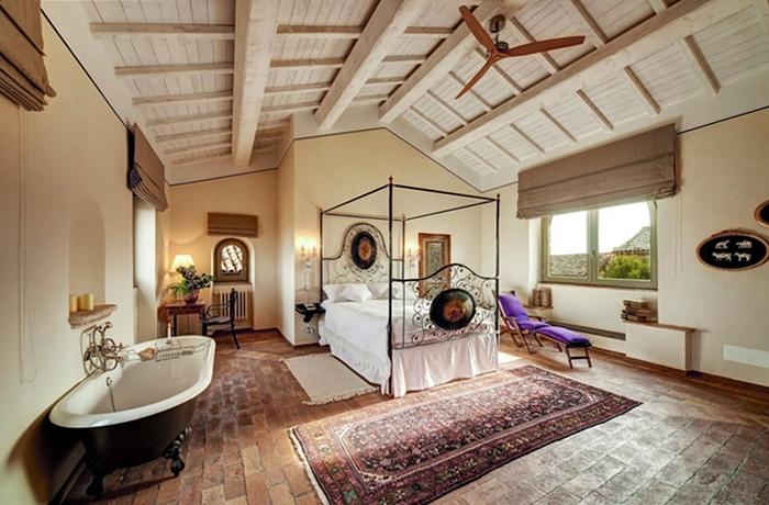 Romantische Hotelzimmer: Einzigartig gestaltet & mit Liebe dekoriert – die Suiten im Corte della Maestà