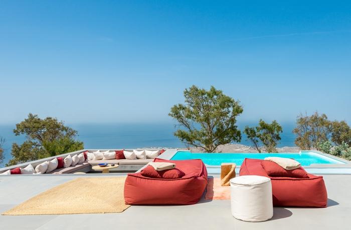 Hotel mit Privatpool auf der Insel Santorin nur für Erwachsene