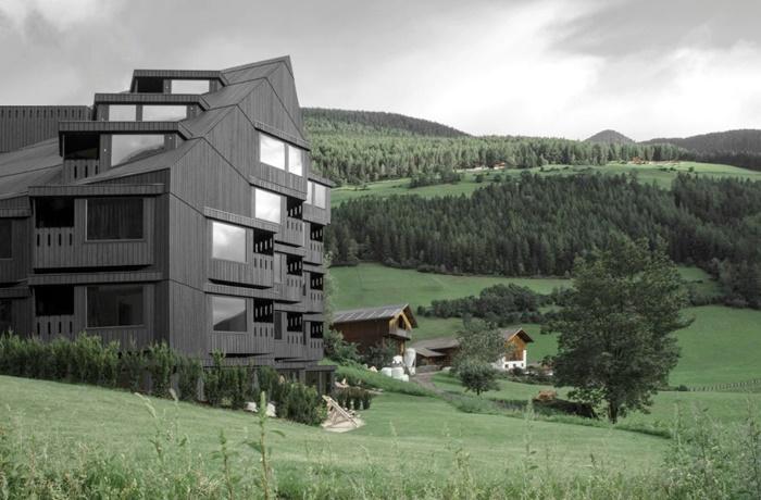 Winterurlaub Wandern & Wellness: Bühelwirt, Wellnessbereich mit Panoramasauna, Lage in den Bergen, Ahrntal, Italien