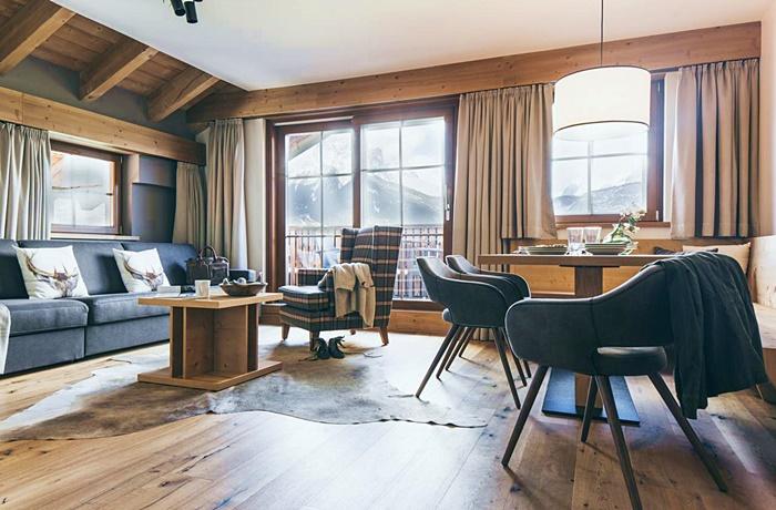 Einzigartige Skihotels: Hotelzimmer im Pure Lermoos, Tirol, Österreich