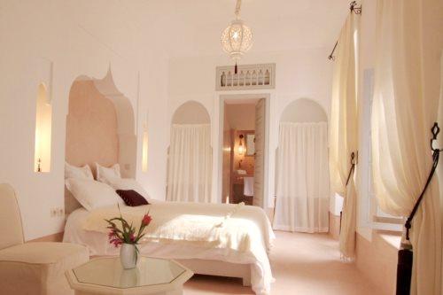 Wohninspiration hotels im orient stil escapio blog for Kissen orientalischen stil