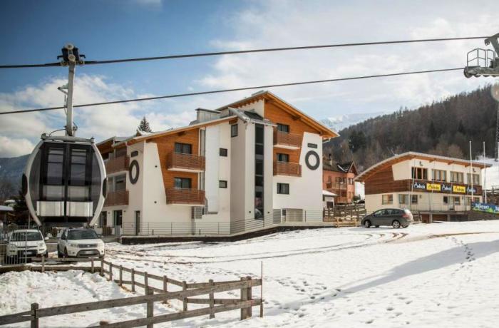 Winterurlaub direkt an der Gondel im Monroc Hotel in Trentino Südtirol