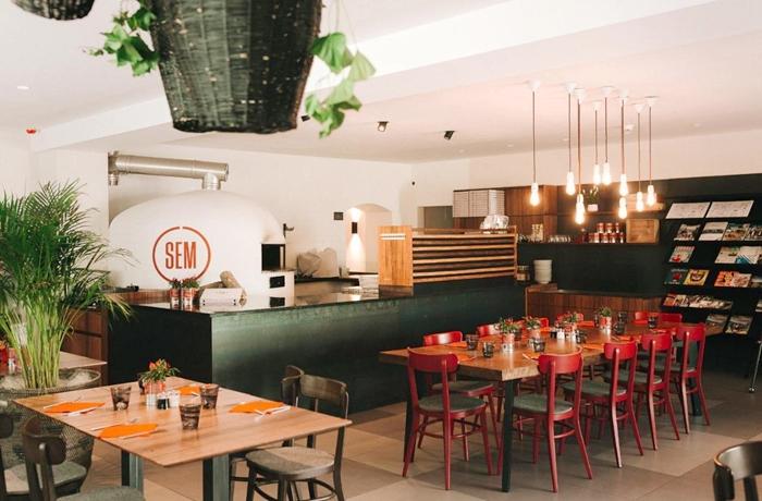 Die Pizzeria SEM, eins von zwei tollen Restaurants direkt am Hotel