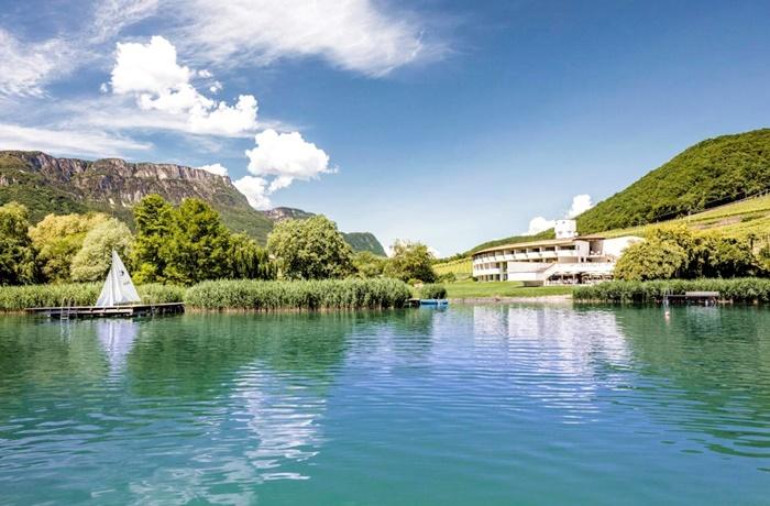 Winterurlaub Wandern & Wellness: Seehotel Ambach, wunderschöner Blick auf den See in herrlicher Naturlage, Italien, Kaltern an der Weinstrasse
