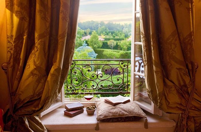 Unsere teuersten Hotels: Die märchenhaft Aussicht in den Garten des Relais Borgo Santo Pietro