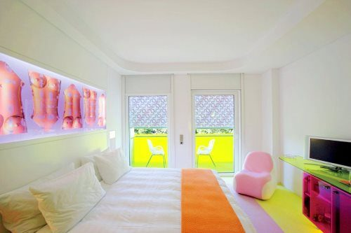 Bunte hotelzimmer die frechsten bilder escapio blog for Griechenland design hotel