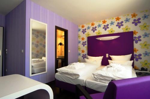 Hotelbilder top 20 in violett escapio blog for Design hotel niedersachsen