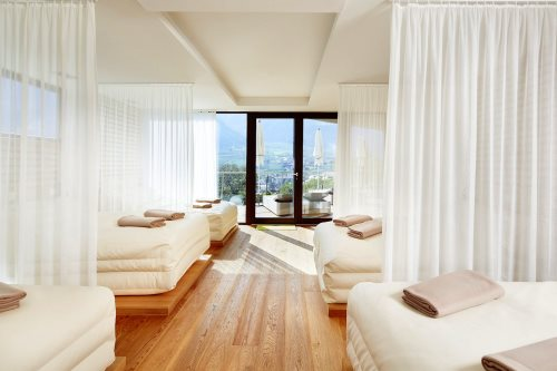 2335_dolce_vita_hotel_preidlhof_0731981_500x333