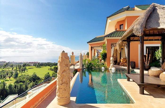 Luxusvilla mit privatem Pool und Panoramablick im Hotel Royal Garden Villas & Spa, Teneriffa, Kanaren