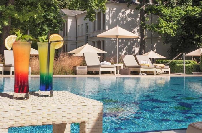 Sommerurlaub mit Pool & Strand: Steigenberger Grandhotel & Spa Heringsdorf, Deutschland, direkt am Strand, Wellness