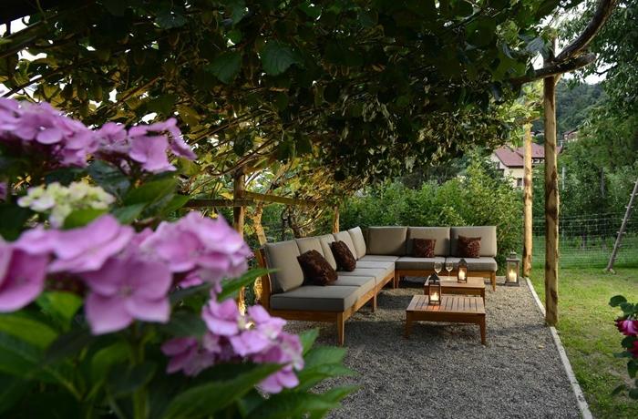 Hotels mit Yoga: Auch der Garten des Hotel Schwarzschmied eignet sich perfekt dafür