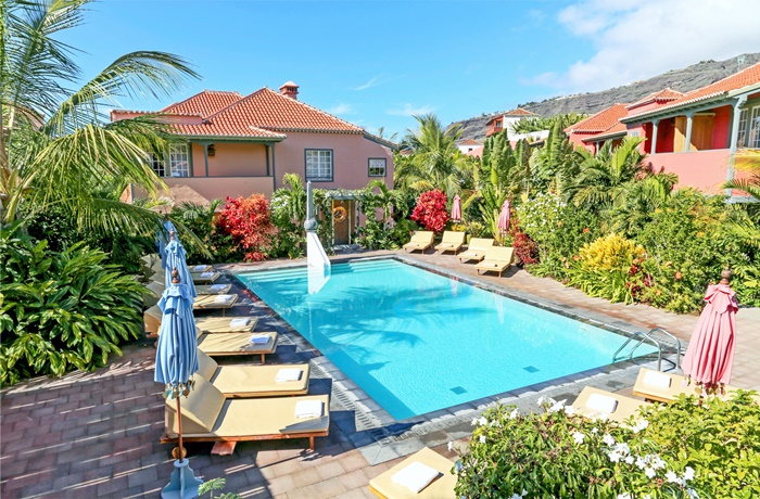 Hotels für Erwachsene: Pool im Palmengarten, Hotel Hacienda de Abajo, La Palma, Spanien