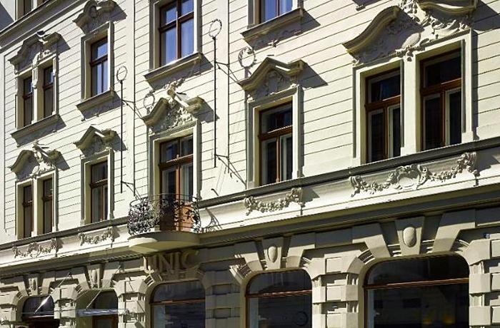 Hotelcheck: Außenfassade Hotel UNIC Prague, Prag, Tschechien