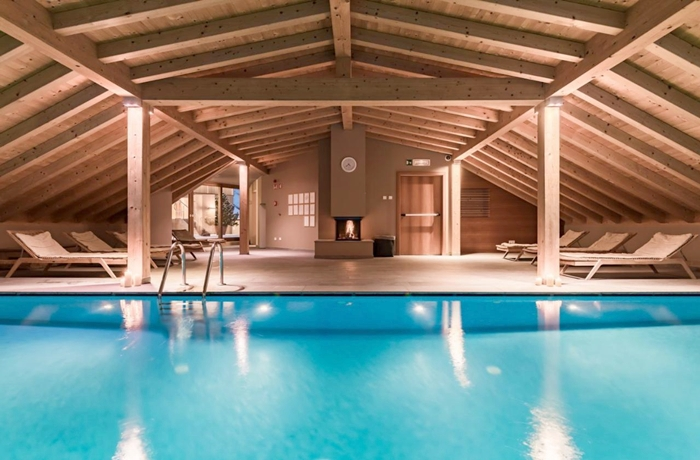 Der ansprechende Wellnessbereich mit Innenpool im Hotel Drumlerhof