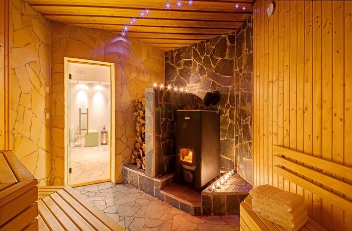 Wellnesshotels: LIFESTYLE Resort Zum Kurfürsten - Rheinland-Pfalz, Deutschland mit Sauna samt Ofen