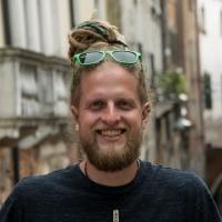 Top 15 Reise-Podcasts: Mogli von Life of Balu