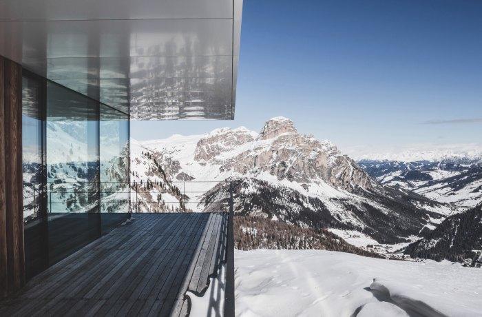 Silvesterurlaub mit Ausblick in die Berge von Südtirol von einem Chalet aus