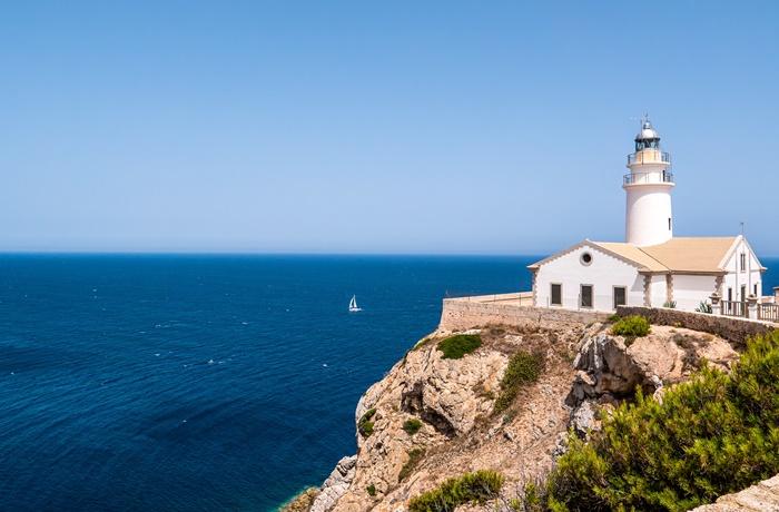 Urlaub auf Mallorca mit der charakteristisch-schroffen Landschaft